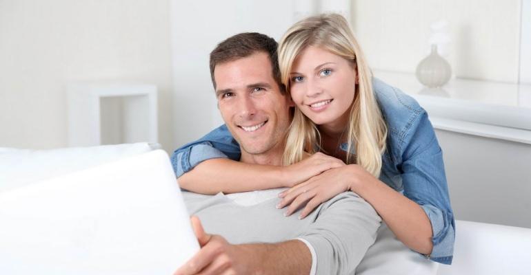 Взять ипотеку молодой семье